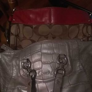 Set of 2 authentic COACH purses used good conditio